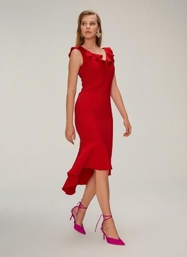 NGSTYLE Volan Detaylı Midi Elbise Kırmızı